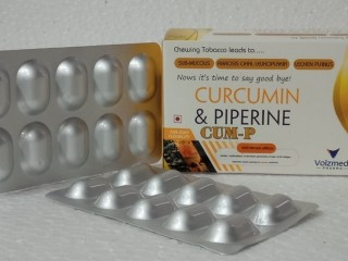 Curcumin 300 mg + Piperin 15 mg capsules
